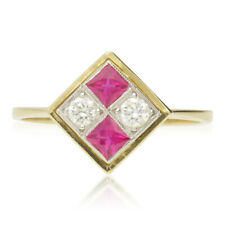 VINTAGE 18CT GOLD RUBY & DIAMOND CLUSTER RING