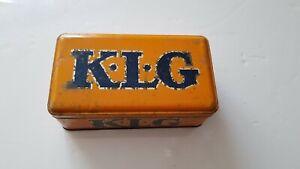 Boîte tôle ancienne bougies KLG