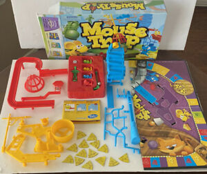 Hasbro MOUSE TRAP Board game Fun Game night play Strategy *incomplete Read