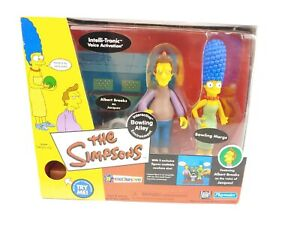 Simpsons Bowling Alley Marge and Jacques Interactive Environment Playmates 2002