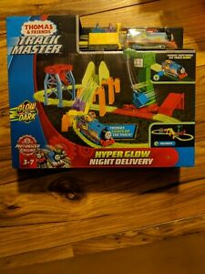 NEW Thomas & Friends Track Master Hyper Glow Night Delivery w/ Motorized Engine