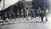 Großes CAB Foto Gruppenbild Soldaten mit Pickelhaube + Husar - 1900er