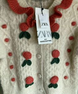 ZARA LIMITED EDITION WOOL BLEND FLORAL CARDIGAN SIZE LARGE