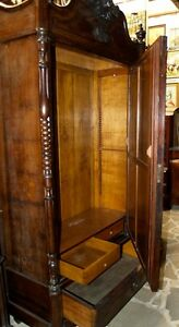 HUGE ANTIQUE 19 TH C. ARMOIRE ROOM FURNITURE WALNUT WOODEN AWESOME MIRROR