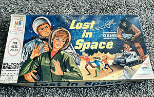 Vintage 1965 Milton Bradley LOST IN SPACE Board Game #4631 Complete CBS TV Show