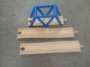 BRIO Arch Bridge (Blue) & unbranded riser track - works w/ Thomas & Friends