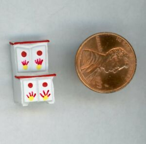 """Miniature Dollhouse DHDH White Kitchen Cupboard w/ Red & Yellow 3/4"""" H"""