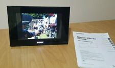 """Sony DPF-D70 7"""" Digital Picture Frame & AC-P12V2 power supply & Instructions"""