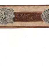 Country Argento Fibbia su Marrone Scuro Cintura su Beige da Parete Bordo WS6027B