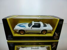 ROAD SIGNATURE PONTIAC FIREBIRD TRANSAM 1979 - WHITE 1:43 - GOOD IN BOX