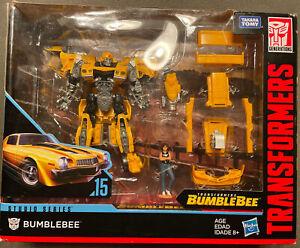 Transformers Studio Series 15 Bumblebee Deluxe Class SS15 - Box Damage
