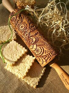 Carved Rolling Pin Wоden Engraved Embossed Dough Roller Textured Cookies