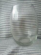 Contemporary glass vase