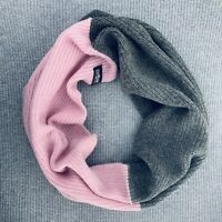 100% Wool Knitted XXL Infinity Scarf for Women.  Baby Pink & Gray. Multi-Way.