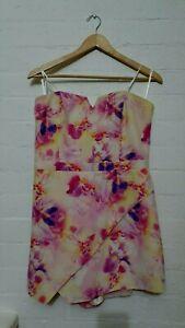 FOREVER NEW Designer Label Womens Floral Strapless Playsuit Jumpsuit Size 14