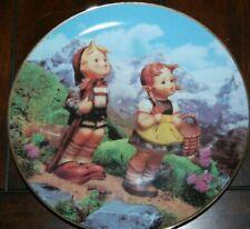 "Danbury Mint Mj Hummel ""Little Explorer"" Plate No.Mb956 The Danbury Mint 1992"