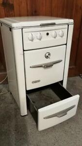 1960er original alter Elektroherd von Küppersbusch  Emaille * mit Funktion