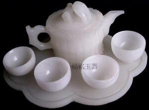 Chinese kung fu tea tea with natural White jade teapot and tea cup A set