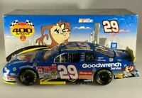 Action Kevin Harvick #29 Looney Tunes Rematch Taz 2002 Chevy Monte Carlo 1/24