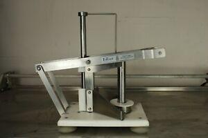 Healix E-Zcut II Table Top Pineapple King Peeling & Coring Machine Corer Grocery