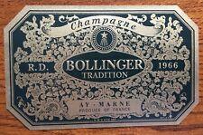 Une étiquette de champagne Bollinger R.D. Tradition  1966 - 75 cl