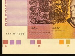 25th Anniversary 1992 $5 Note with Rare * XXV Prefix * plus TRAFFIC LIGHTS * UNC