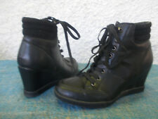 LADIES BLACK FAUX LEATHER LACE UP WEDGE HEELED BOOTS-SZ 39/8 VGC