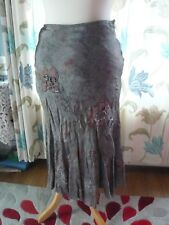 M + S Silky Grey/Floral Skirt Size 8r