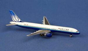 Aero Classics 1:400 Boeing 757-200 United N598UA Ref: AC419560X