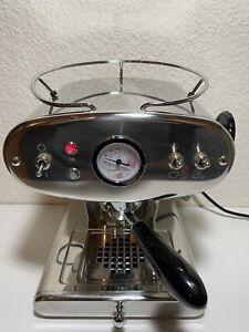 Illy Francis X1 Kapselmaschine Espressomaschine Edelstahl (GUTER ZUSTAND)
