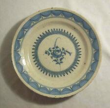 ASSIETTE ancienne XIXème ? FAIENCE décor FLEUR couleur BLEU forme creuse