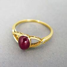 Ringe mit Edelsteinen im Eternity-Stil aus Gelbgold