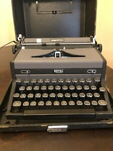 Royal Quiet Deluxe Typewriter With Case