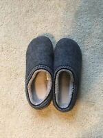 Women's LL Bean Slippers