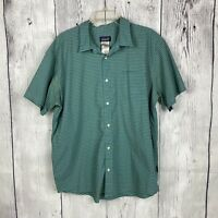 Patagonia XL Button Down Plaid Blue Men's Shirt Organic Short Sleeves