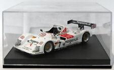 Voitures des 24 Heures du Mans miniatures rouges en édition limitée