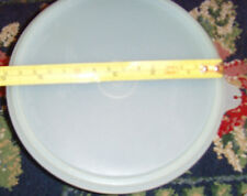 1 approx. 6.5 in across vintage blue Tupperware bowl with lid mixing bowl chic