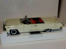 LINCOLN CONTINENTAL MKIII WHITE 1958  SUN STAR PLATINUM COLLECTION 4701 1:18