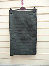 SKIRT BLACK SIZE 10  PENCIL TEXTURED DETAIL STRETCH WITH 2 WAY ZIP DETAIL