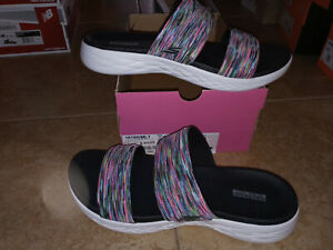 NEW $49 Womens Skechers On The Go 600 Bedazzling Sandals, size 10     shoes