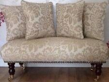 Otomanas y reposapiés de tapicería para el hogar