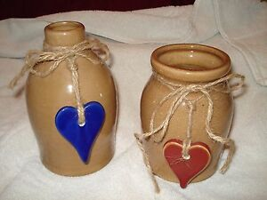 """2 pc set Country decor Vase Pottery 6"""" x 4""""  Blue Heart 5"""" x 4"""" Red Heart MINT"""