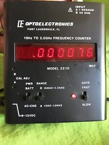 OPTOELECTRONICS 2210 H/A RF FREQUENCY COUNTER - WORKS