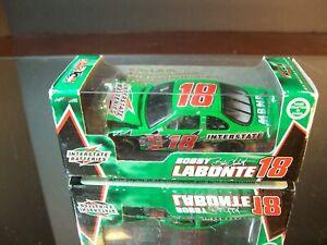 Bobby Labonte #18 Interstate Batteries 2002 Pontiac Grand Prix 1:64 RCCA 1,584