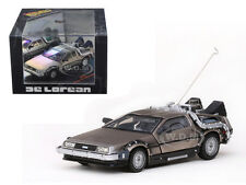 BACK TO THE FUTURE 1 DELOREAN 1/43 DIECAST MODEL CAR BY VITESSE 24012
