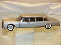 Sun Star 1:18 MERCEDES BENZ 600 Pullman Silver Toy Car Convertible Stretch 2201