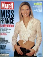 Paris Match n° 2743 du 20 décembre 2001 - Miss France / Robert Smith & the Cure