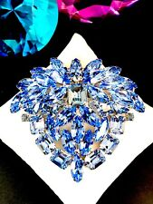 HUGE 1940's WEISS SILVER SAPPHIRE SKY BLUE RHINESTONE TIERED STATEMENT BROOCH