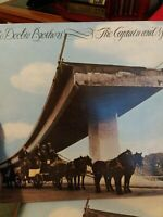 THE DOOBIE BROTHERS  THE CAPTAIN AND ME   LP VINYL RECORD ALBUM TESTED