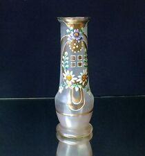 Vasen im Jugendstil als Original der Zeit